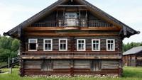Namun sayang, rumah-rumah ini nasibnya kurang diperhatikan. Padahal rumah-rumah ini bernilai sejarah tinggi (Maxim Shemetov/Reuters)