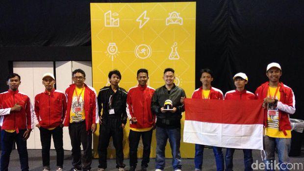 Podium Kedua dan Ketiga, Mahasiswa Indonesia Berangkat ke London