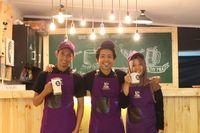Modal Rp 1,3 Juta, Pemuda Ini Bisnis Kafe Susu Beromzet Ratusan Juta