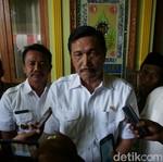 Canda Luhut: Jangan Suruh Presiden Naik Esemka, Nanti Remnya Blong