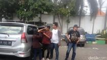 Tiba di Mapolrestabes Surabaya, Beatrix dan Pacarnya Pilih Diam