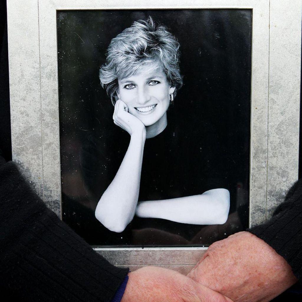 Jika Digugat, Novelis Imagining Diana Siap Hadapi Risiko