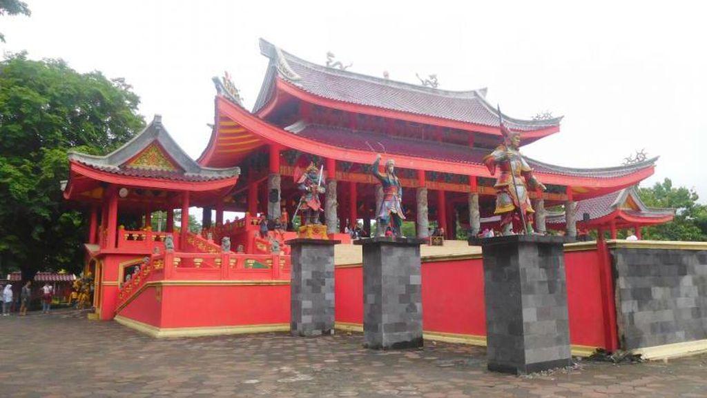 Kelenteng Sam Poo Kong, Landmark Semarang yang Wajib Dikunjungi
