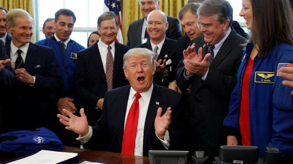 Donald Trump Umumkan April Sebagai Bulan Pencegahan Kekerasan Seksual