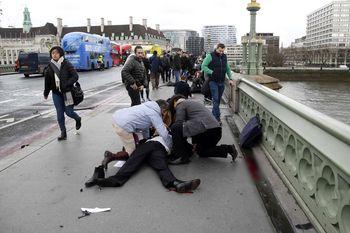 Teror di Dekat Gedung Parlemen Inggris, Belasan Luka-luka