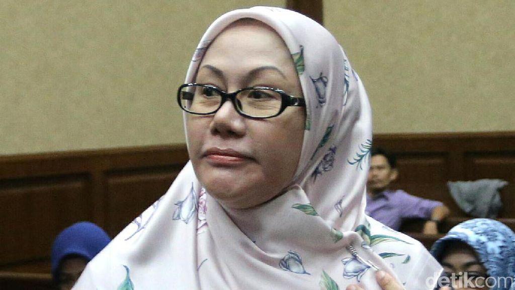 Saksi: PNS Banten Suka Menghadap Wawan, Pulang Dikasih Amplop