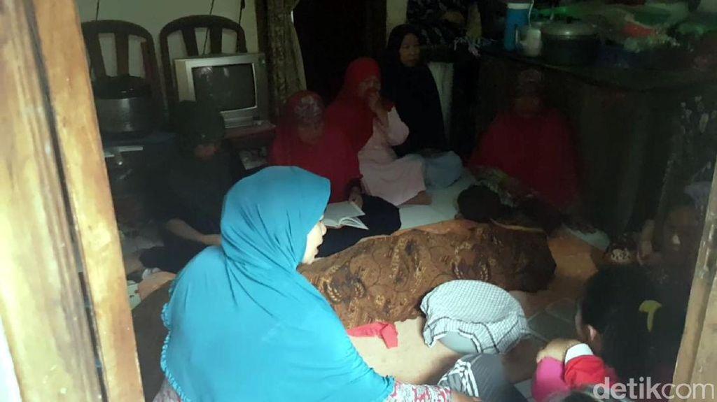 Buruh di Sukabumi Tewas Setelah Muntah Darah Saat Jam Istirahat