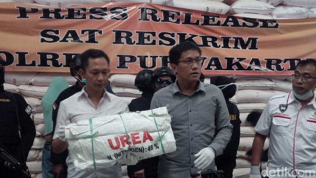 Polisi Bongkar Mafia Pergudangan Pupuk Bersubsidi di Purwakarta