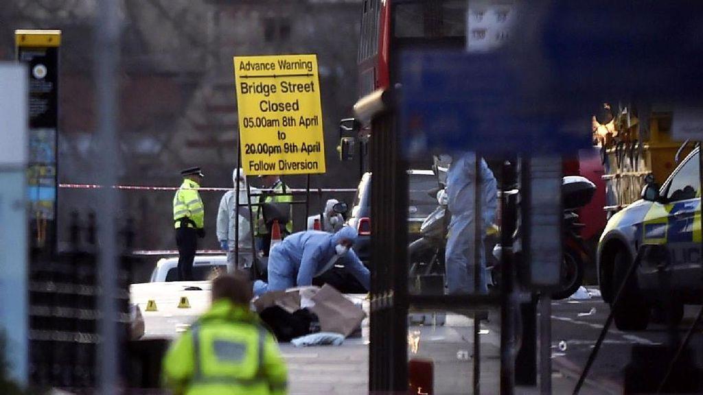 Coba Selamatkan Polisi Korban Teror London, Politikus Ini Dipuji