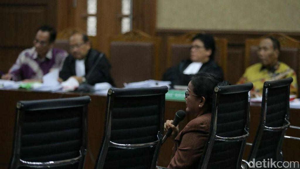 Penyidik: Miryam Lapor Uang ke Pimpinan Komisi, Dibagikan ke Kapoksi