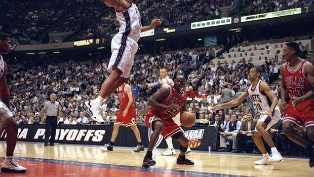 Michael Jordan saat tampil bersama Chicago Bull