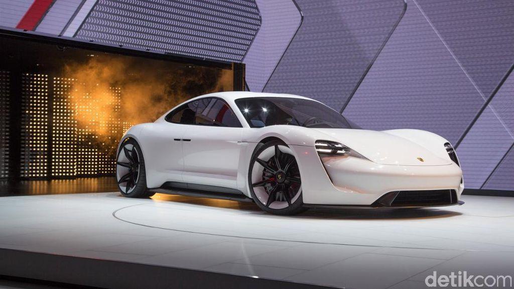 Mobil Listrik Sport Pertama Porsche Setara dengan 590 dk