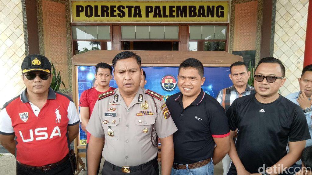 Perusakan Taksi Online, Polisi Cek CCTV Bandara SMB II Palembang