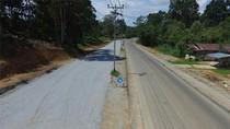Menyusuri Jalan Akses Menuju Perbatasan RI di Entikong