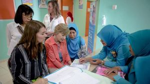 Melinda Gates Belajar KB Sampai ke Klaten