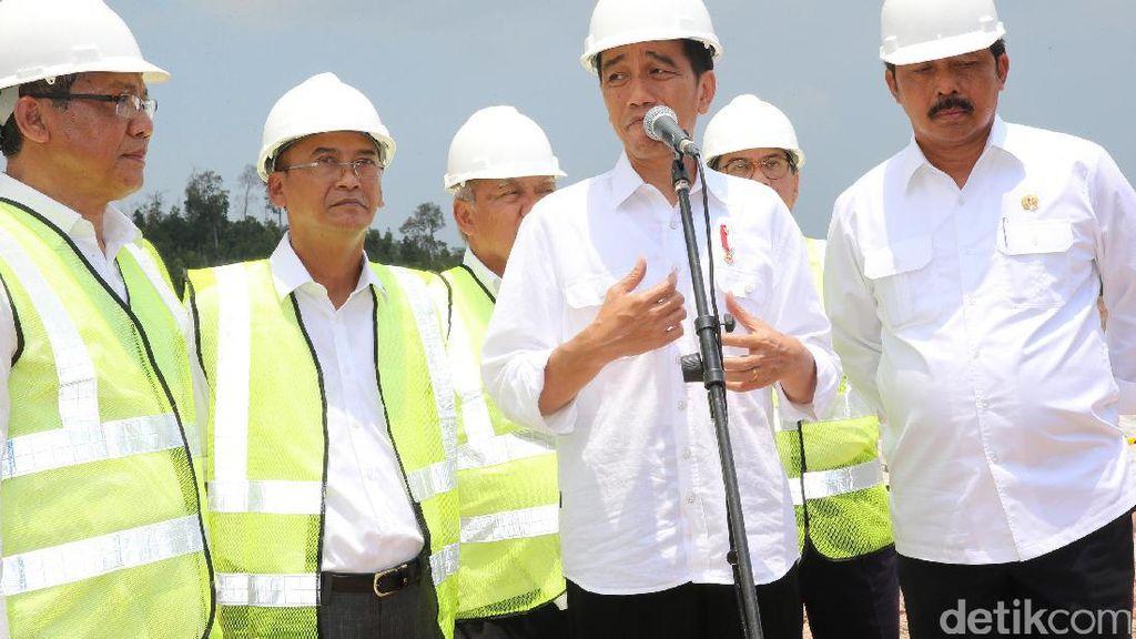 Tinjau Bendungan Sei Gong, Jokowi: Pertengahan 2018 Selesai