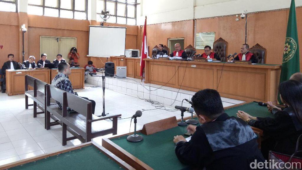 Bupati Nonaktif Banyuasin Yan Anton Divonis 6 Tahun Bui
