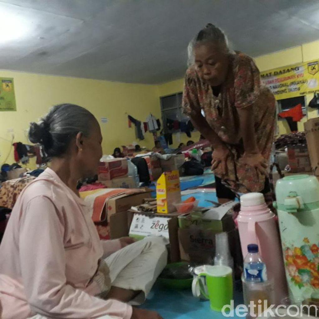 Korban Banjir Kabupaten Bandung Mulai Tinggalkan Pengungsian