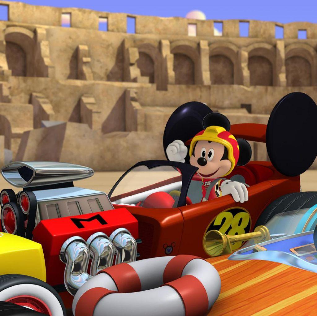 Mickey Mouse dan Kawan-kawan Jadi Pebalap di Mickey and the Roadster Racers