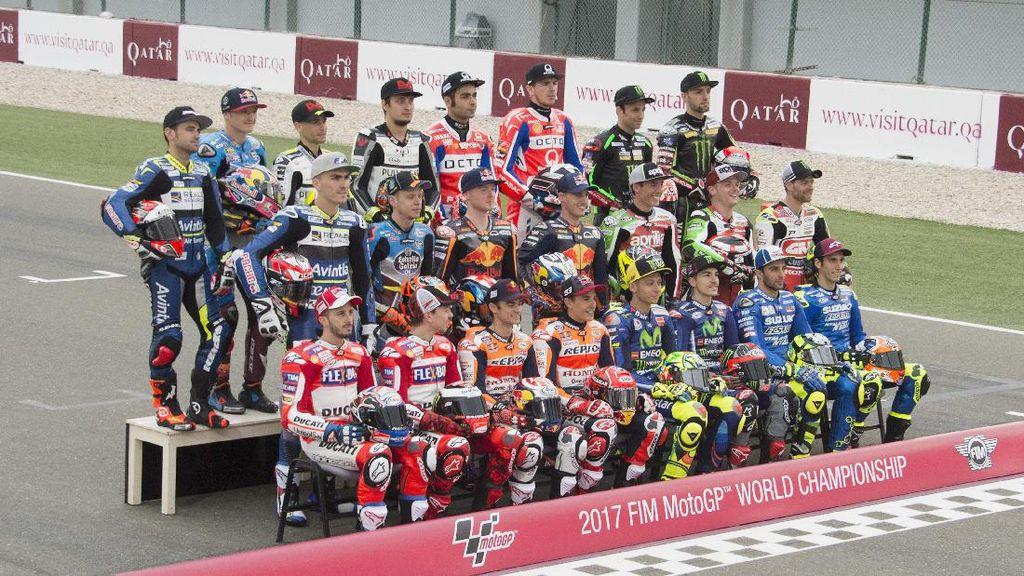 Agostini Suka MotoGP 2017 yang Penuh Kejutan