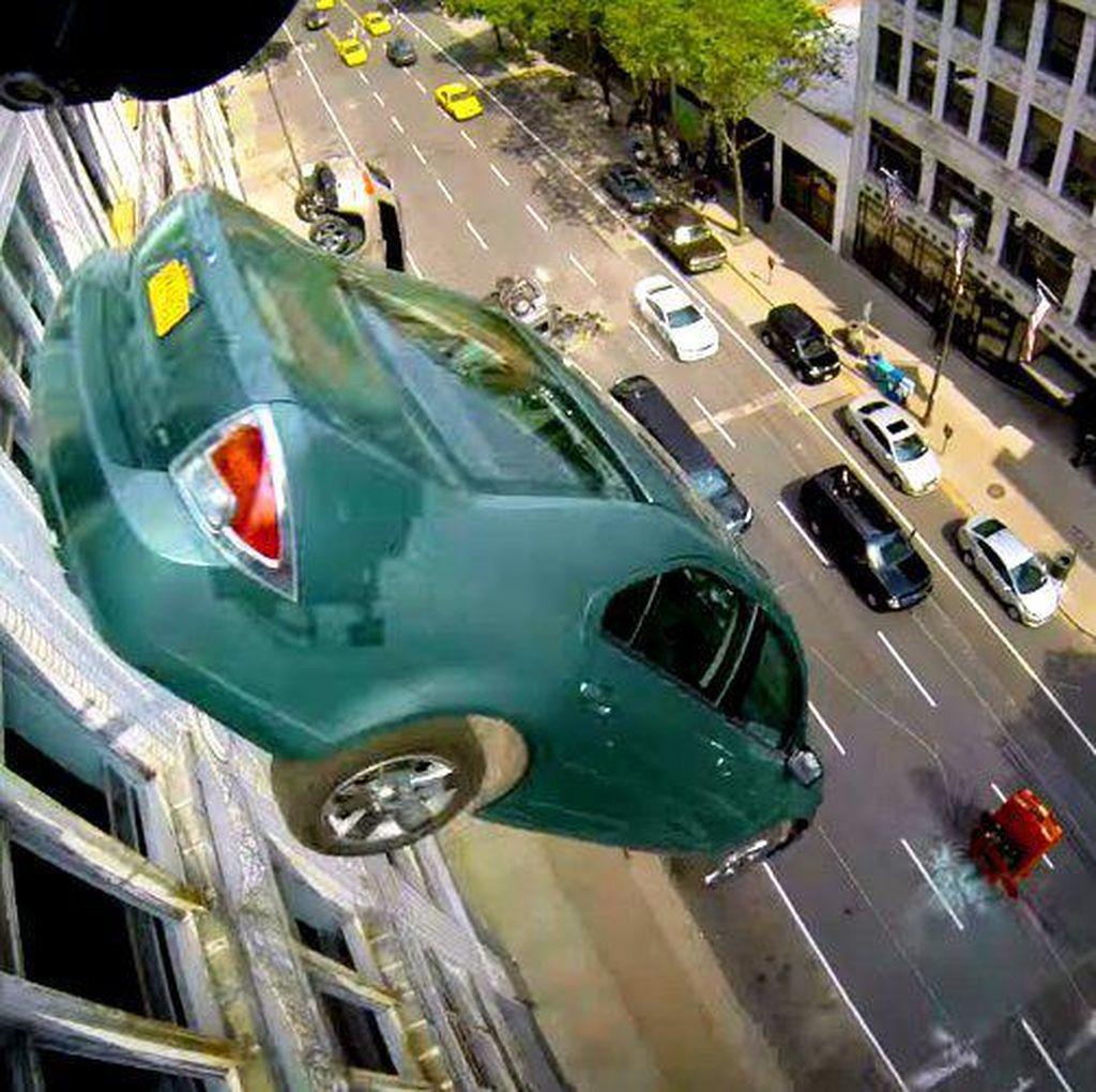 Ratusan Mobil Mewah Hancur di Fast and Furious 8