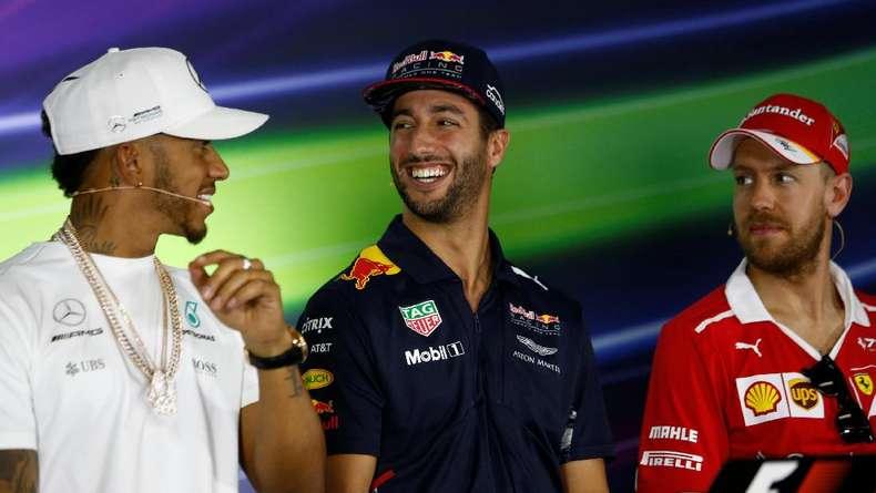 Hamilton Masih Sangat Waspadai Red Bull dan Ferrari