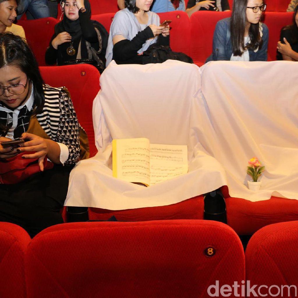Lima Bangku Kosong dan Kemeriahan Premiere Danur di Bandung