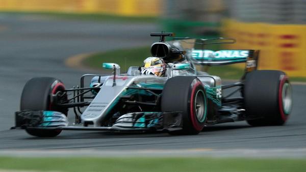 Kalahkan Vettel, Hamilton <i>Pole</i> di Melbourne