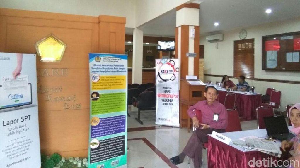 Tom Lembong dan Pejabat BKPM Setor SPT ke Ditjen Pajak