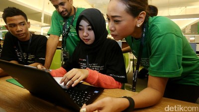 39 Tim Ikuti Final Kompetisi Go-Hackathon