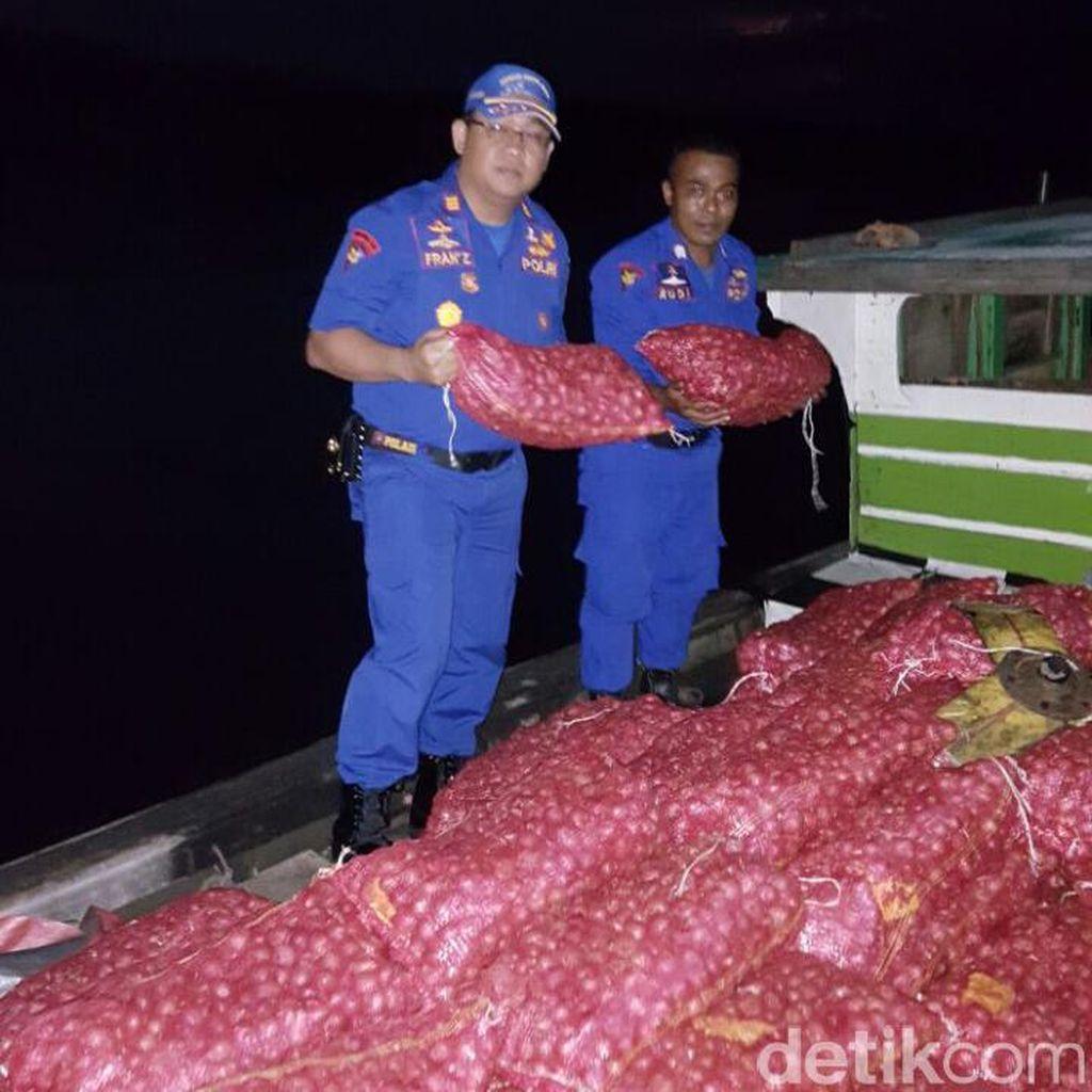 Polres Bengkalis Sita 500 Karung Bawang Merah Selundupan