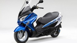 Suzuki Uji Skuter Bertenaga Hidrogen