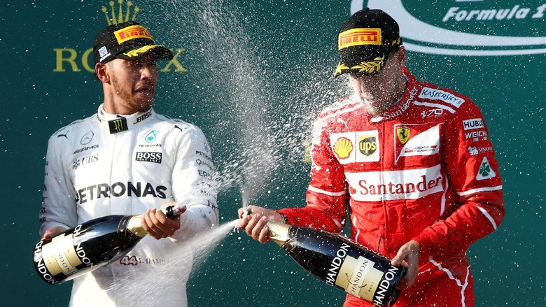 Kemenangan Vettel Jadi Penegas Ucapan Hamilton soal Ferrari