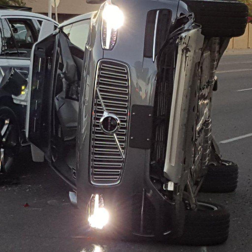 Proyek Mobil Otonom Uber Ditunda Gara-gara Kecelakaan
