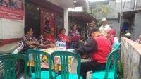 Panwas Bubarkan Kampanye Tim Ahok di Tamansari Jakbar