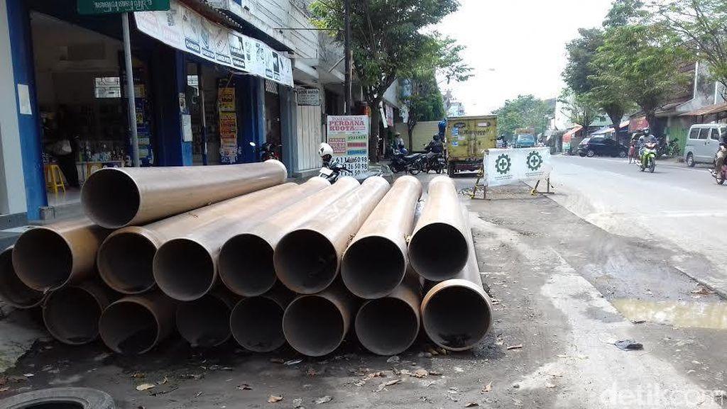 Wali Kota Geram Jalanan Solo Dirusak Proyek Sanitasi Pemprov