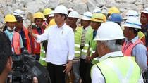 Aksi Vlog Jokowi Bikin Menteri PU-PERA Basuki Dipuji