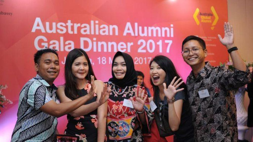 Kedubes Australia di Jakarta Bagikan Dana Hibah Alumni Rp 150 Juta
