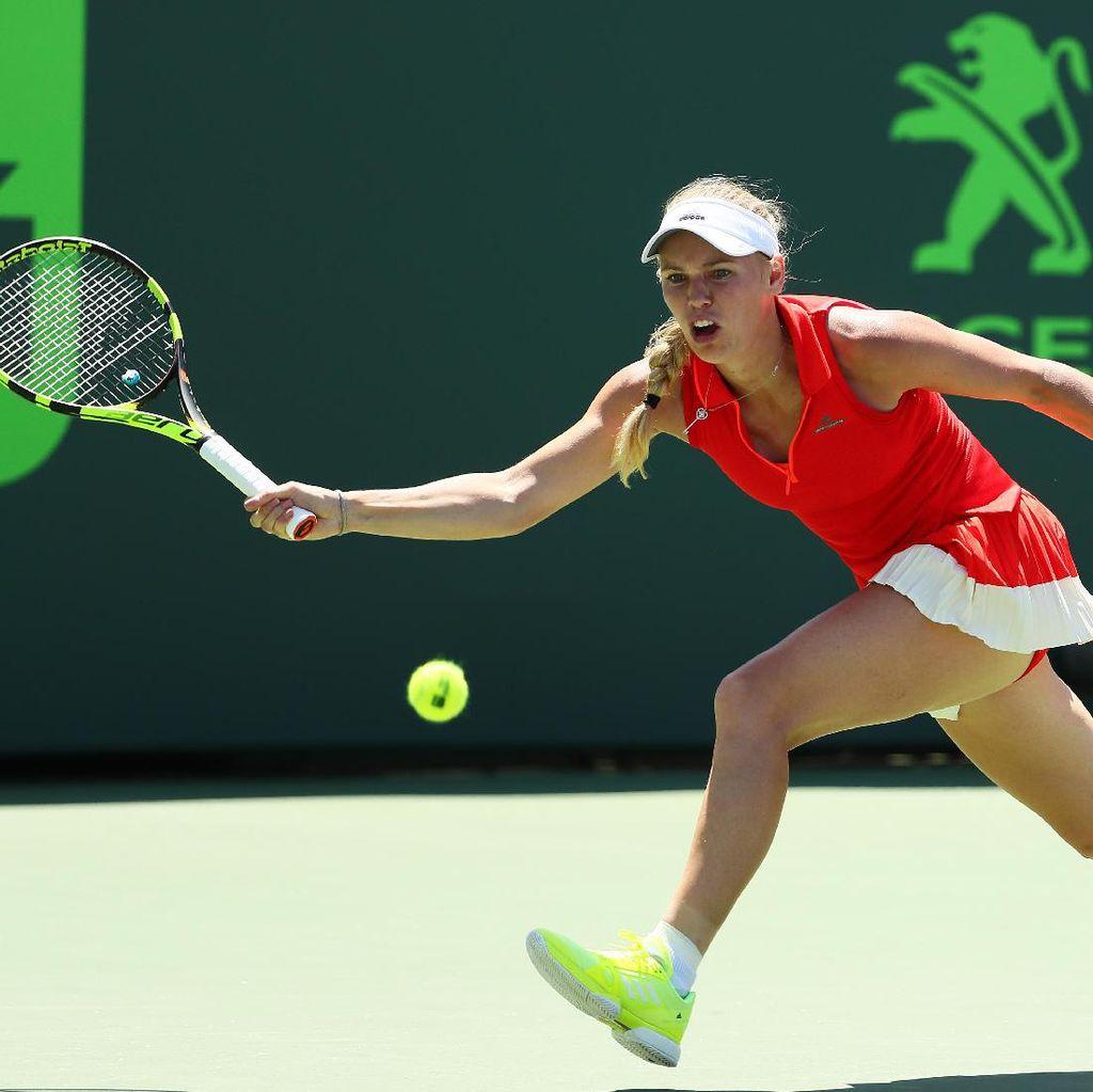 Wozniacki & Kerber Tiba di Perempatfinal