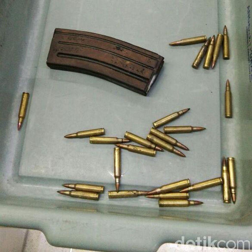 Polisi: Pemilik Tas Tak Tahu Soal Magasin Berisi 25 Peluru