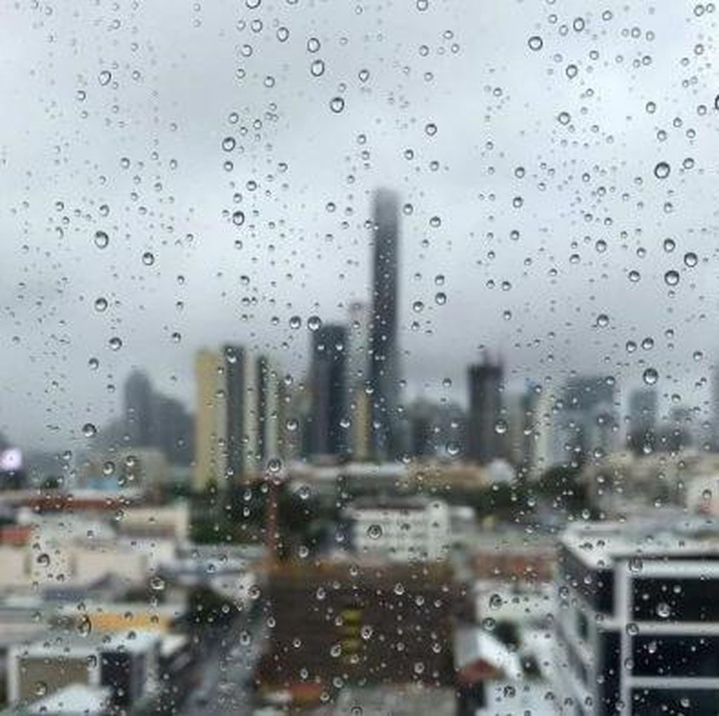 Buntut Badai Siklon Debbie, Brisbane Bersiap Diguyur Hujan Lebat