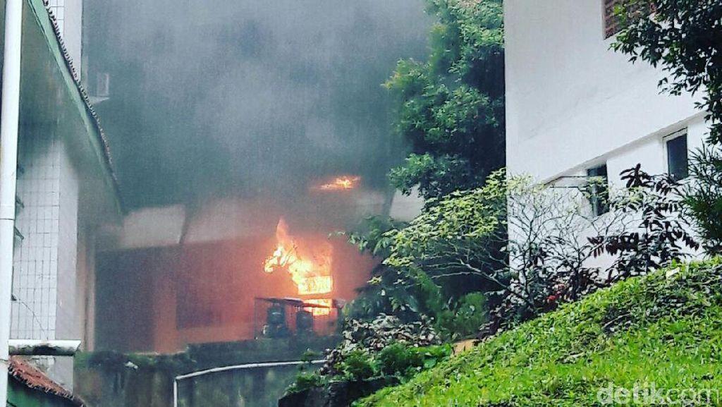 Kebakaran di IPB Dipadamkan, Kerugian Ditaksir Rp 2 Miliar