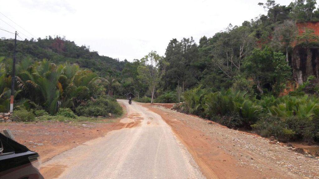 Tangani Jalan Akses ke Wisata Mandeh, Pemerintah Kucurkan Rp 100 Miliar
