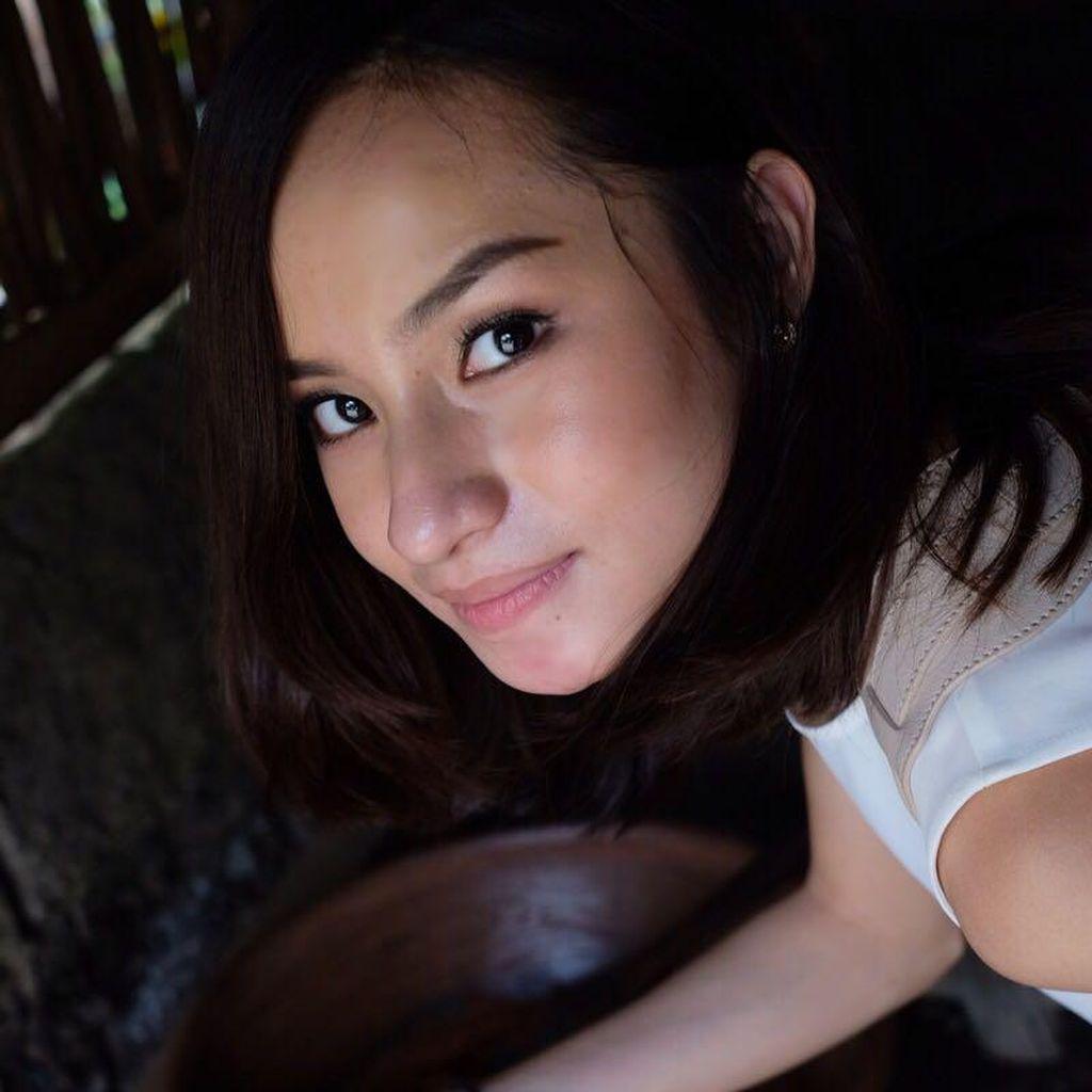 Liburan ke Bali, Adinda Rizkyana Mengenal Pembuatan Kopi Luwak