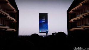 Layar Lengkung Adalah Samsung