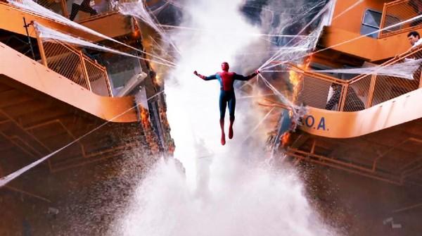 Dari Trailer Spider-Man Homecoming, Peter Parker Ingin Seperti Tony Stark