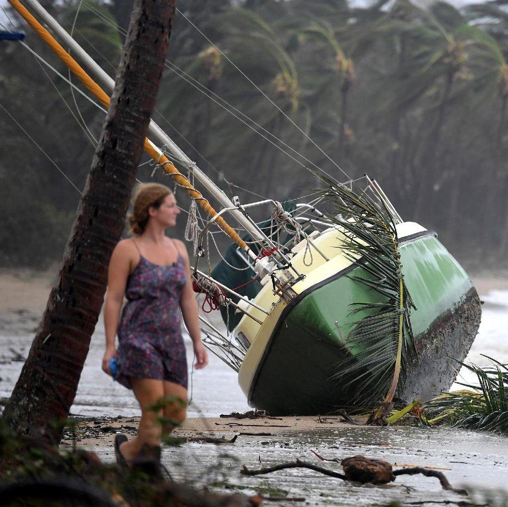 Usai Diterjang Topan Debbie, Australia Seperti Zona Perang