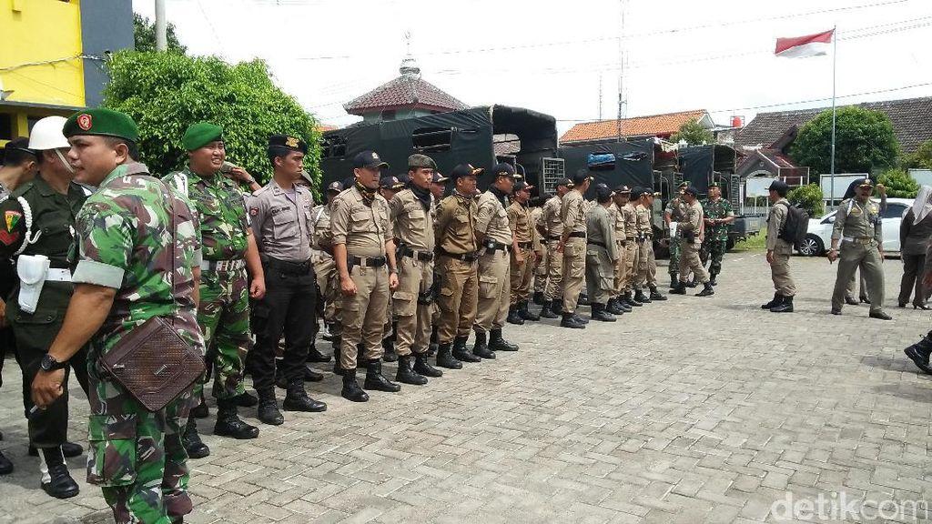 Petugas Gelar Operasi Yustisi Antisipasi Terorisme di Cilegon