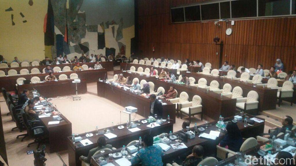 Komisi II Minta Data Ketua Bawaslu Dibuka, Pansel: Itu Tidak Boleh