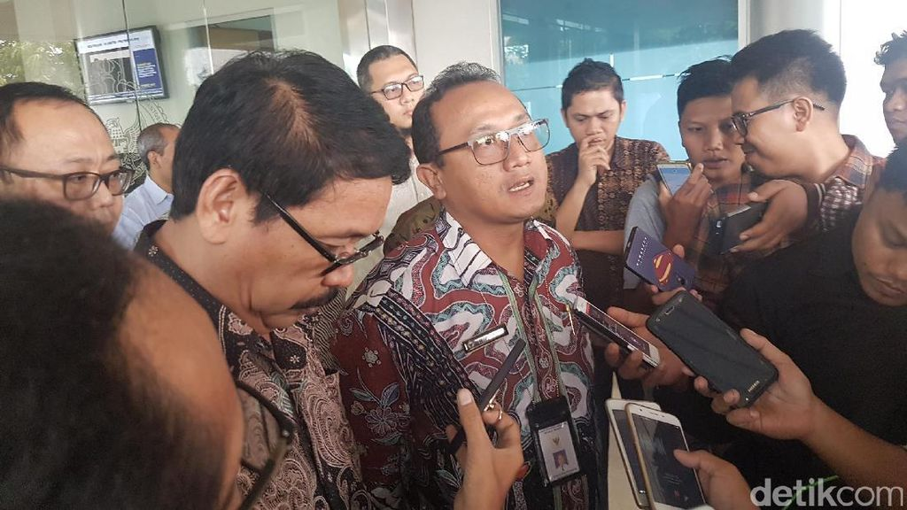 Serahkan LKPD, Pemprov Banten Diminta Selesaikan Masalah Aset